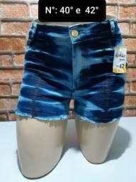 Shortinhos Jeans com Lycra e Elastano