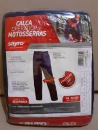 Calça para Operador de Motosserra Sayro CAM230 Tipo A CA 36600 G (NOVA) R$ 110,00