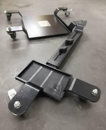 Plataforma para estacionar a moto. Marca: Harley-Davidson