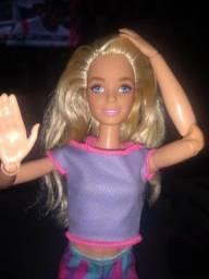 Barbie original articulada - seminova