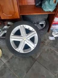 Jogo de roda aro 17 4 furos com 3 pneus meia vida