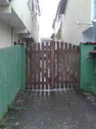 Casa de Veraneio 1 quarto Mobiliada uma quadra da praia - Mangaratiba - 780,00