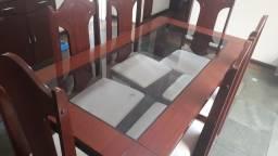 Lindaa mesa com 6 cadeiras