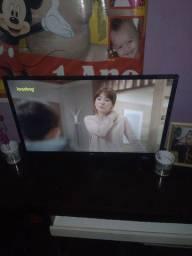 AOC Roku Smart tv