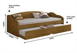 Sofá cama, bi cama.