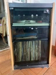 Porta tocador de Disco e LPs