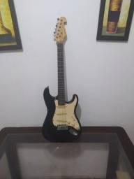 Título do anúncio: Guitarra gianinni semi nova