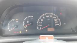 Uno 2006 com ar e trava