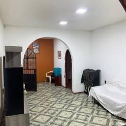 Casa no Japiim - 3 quartos- próximo a principal