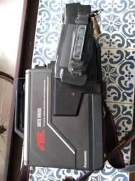 Câmera VHS Panasonic para decoração