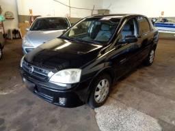 'Corsa Sedan 1.8 Premium 4P Flex 06/06 Preto'