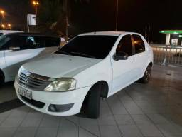 Renault Logan 1.6 expression 2011 completo
