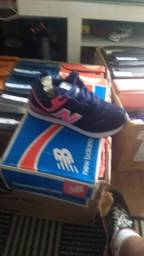 Sapatos de Várias Marcas LEIA.