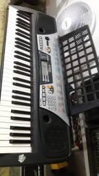 Manutenção de teclados amplificadores pedaleiras e pedais na Musical Brother
