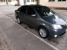 Toyota Etios XLS Sedan 1.5 2014
