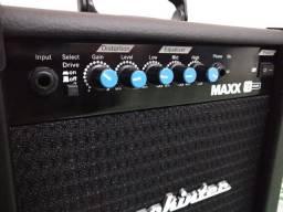 Cubo Amplificador Novo Mackintec Maxx 15