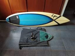 Prancha de surfe em excelente estado