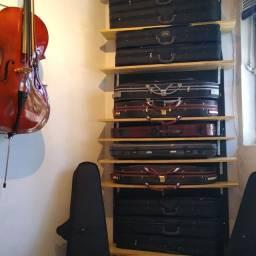 Aula de violino e loja de instrumentos e acessórios