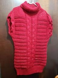 Blusao/colete muito quentinho em lã, cor vermelho, veste M/G