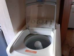 Máquina de lavar semi nova