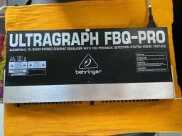 Equalizador Behringer FBQ 1502