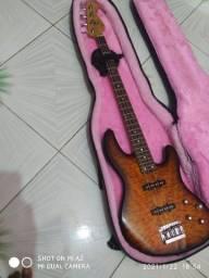 Fender delux jazzbass qmt