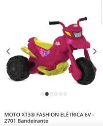 Moto eletrica pouco uso.