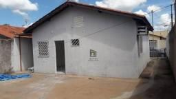 Casa com 2 dormitórios à venda, 60 m² por R$ 165.000 - Residencial Aurília Salles Curvo -