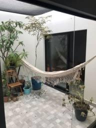 Vendo casa diferenciada Umuarama