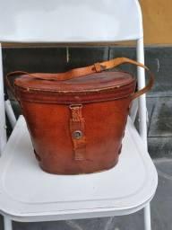 Título do anúncio: Bolsa de couro vintage usada para binóculo