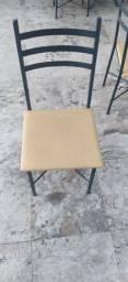 Cadeiras ferro com estofado precinho!!!!