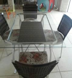 Mesa de vidro e vime com 4 cadeiras - Cornélio Procópio