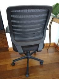 Título do anúncio: Cadeira de Escritório  Preta