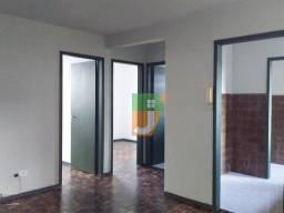 Apartamento com 2 dormitórios para alugar, 47 m² por R$ 800,00/mês - Uberaba - Curitiba/PR