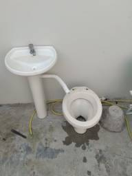 Jogo de banheiro completo pia e privada por 150 reais zap * Itajaí Santa regina