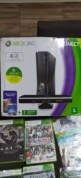 Vendo Xbox 360 slin destravado  muitos jogos . OPORTUNIDADE