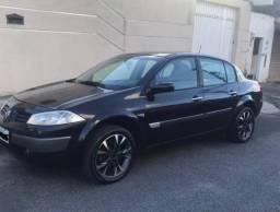 Megane sedan dynamic 1.6 16V - 2007 - 136500KM - R$16.000,00
