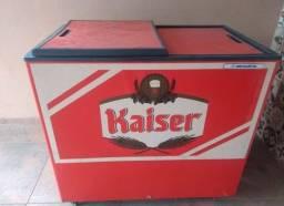 Freezer retrô Kaiser sem motor