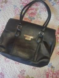 Bolsa em couro clássica preta