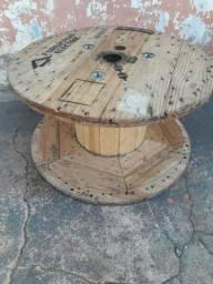 Vendo bobina de madeira
