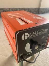 Transformador solda NM 250 turbo 110/220V Bambozzi - Estado de novo