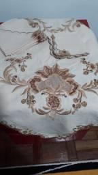 Toalha de banquete em linho com guardanapos