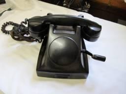 Telefone Antigo (a manivela)