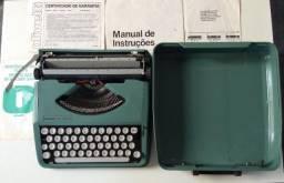 Máquina de escrever Olivetti Lettera 82!!!