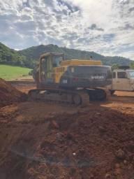Escavadeira hidráulica volvo ec210, troco com cacamba, retro dou ou recebo volta