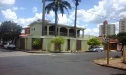 Casas de 3 dormitório(s) no Centro em Araraquara cod: 6597