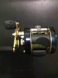Vendo carretilha Abu Garcia por 700 reais nunca usada para amantes da pesca *