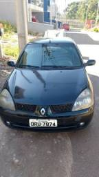 Renault CLio Sedan - 2005