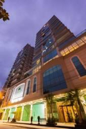Apartamento mobiliado com 3 suítes na Meia Praia, Itapema - SC.
