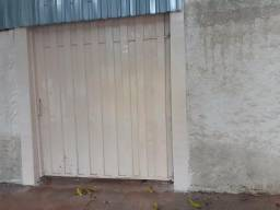 Aluga-se no St.Urias Magalhães c/vaga na garagem